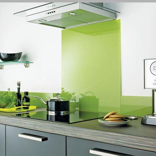 Nhận lắp đặt kính màu ốp bếp tại phú nhuận, tân bình, bình thạnh